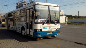 В Омске росгвардейцы задержали гражданина, совершавшего хулиганские действия в муниципальном автобусе
