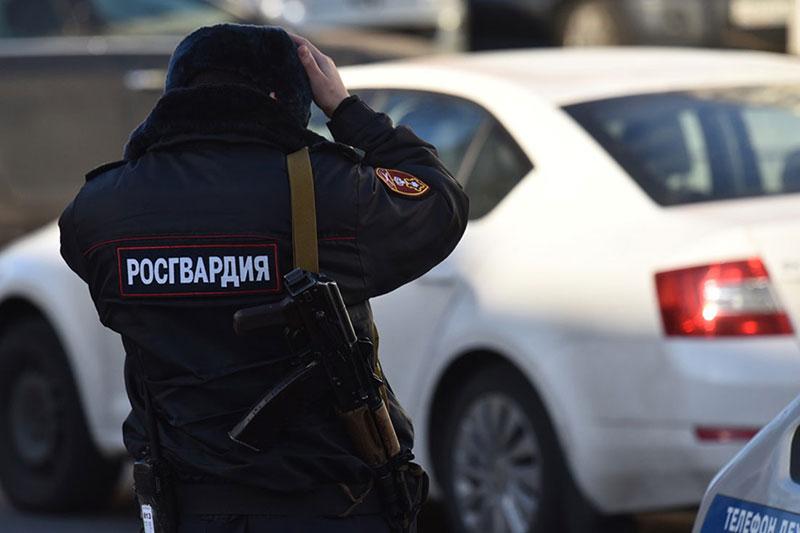 Угонщиков автомобиля, оборудованного сигнализацией Росгвардии, задержали в Подмосковье