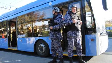 Росгвардейцами задержан злоумышленник, напавший на водителя троллейбуса в Севастополе