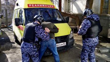 В Крыму росгвардейцы пресекли противоправные действия в отношении врачей скорой помощи