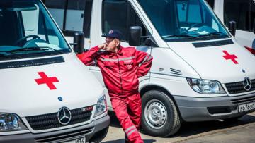 В Волгоградской области росгвардейцы задержали хулигана после срабатывания тревожной кнопки в машине скорой помощи