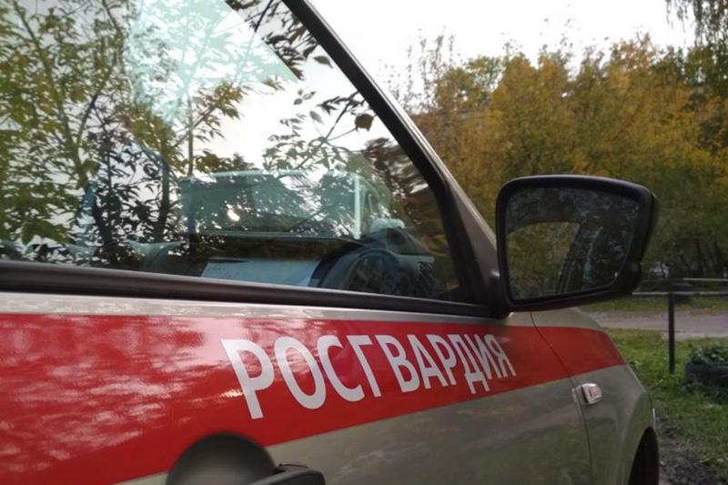 В Тюменской области сотрудники Росгвардии задержали подозреваемых в угонах автомобилей
