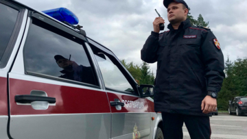 На Среднем Урале росгвардейцы задержали подозреваемых в попытке угона автомобиля