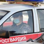 Сотрудники Росгвардии в Вологде задержали подозреваемых в угоне автомобиля
