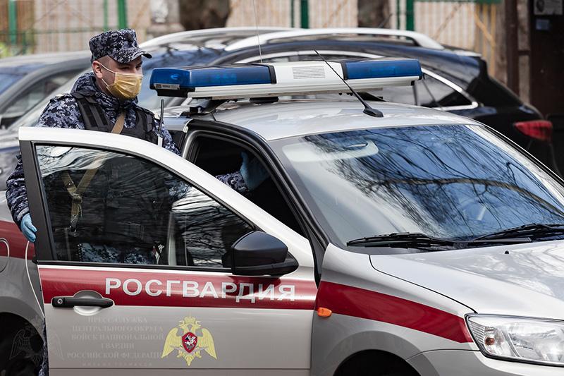 В Тамбове росгвардейцы задержали подозреваемого в угоне автомобиля