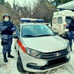В Ялте росгвардейцы оказали помощь медицинским работникам скорой помощи