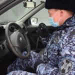 В Нижнем Новгороде сотрудники Росгвардии задержали мужчину, причинившего ущерб карете скорой медицинской помощи